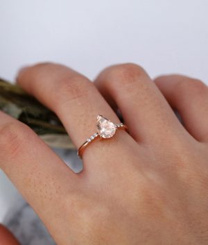 8mmx6mm Pear Cut Morganite Engagement in 9ct Rose Gold