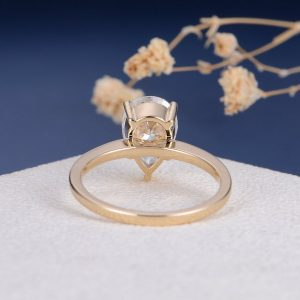 2ct Pear Shaped Moissanite Engagement Ring South Africa