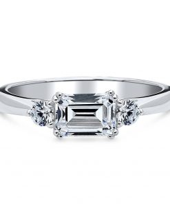 Emerald Moissanite Trilogy Ring South Africa
